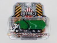 Greenlight Mack LR Refuse Garbage Truck 2019 45060 C 1/64 scale