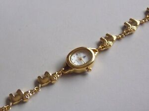 Adorable Boxed & Unworn Brooks & Bentley Gold Tone Elephant Bracelet Wristwatch