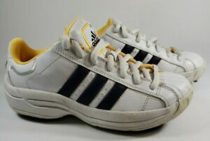Youth Adidas Junior z-Traxion Golf Shoes  White /blue / yellow sz 4.5 M