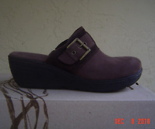 NEW  BOC  BROWN LEATHER SLIDE WEDGE  SIZE 9 M $85