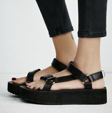 Teva Universal Flatform Sandals Womens Size 9 Strappy Black