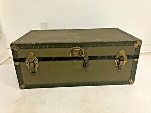 Vintage Military FOOT LOCKER w Tray storage trunk GREEN wood box wwii US chest