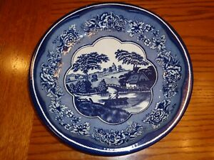 DAHER DECORATED WARE TIN SERVING DISH BLUE PASTORAL SCENE MADE IN ENGLAND 1971