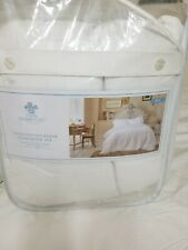 New Simply Shabby Chic King Size Linen/Cotton Blend Comforter and Shams