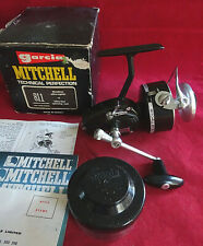 A SUPERB UNFISHED RARE BOXED MITCHELL 811 SPINNING FISHING REEL