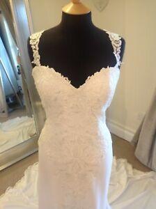 Wedding Dress by Justin Alexander Style 88046