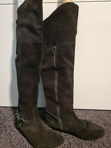 Mimco Size 9 Black Women's knee high Boots Leather and Full Zip -
