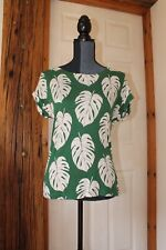 White Stuff UK 8 Top/T-Shirt Green White Leaf Pattern Lovely Condition