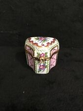 Authentic French Limoges Signed And Numbered Hand painted Trinket Box-29e