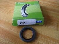 SKF 8624 Oil Seal (Pack of 2)