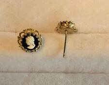 10k Gold Cameo Earrings