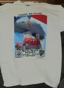 UNITED WE STAND WE'LL NEVER FORGET 9/11/01 9/11/11 10 YEARS MEDUIM T-SHIRT