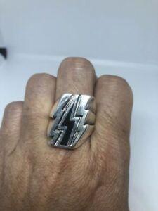 1980's Vintage Silver White Bronze Size 11 Black Lightning Bolt Ring