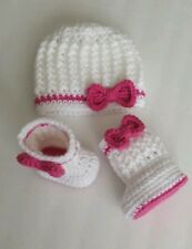 Newborn Baby Girl Crochet bow Hat and Booties Crochet infant Photo Prop Outfits