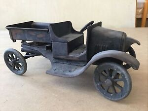 Antique Tin 1950's Heavy Metal Truck 11 Inch