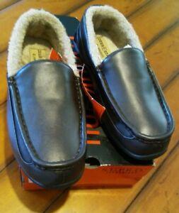 Deer Stags Spun Dark Brown Vega Moccasin Slippers Size 7M