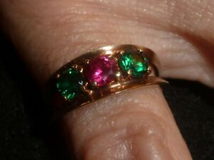 10K SOLID YELLOW GOLD ROUND-CUT EMERALD & RUBY RING- SIZE 7 3/4 -  3.36 GRAMS