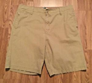 Vintage Favorite Khaki tan Mens Shorts size 38