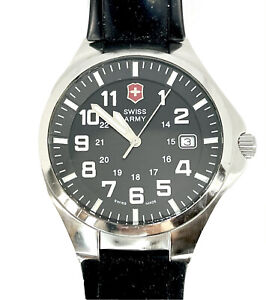 VICTORINOX SWISS ARMY BASE CAMP MENS WATCH, 24104, EXCELLENT CONDITION FROM COLL