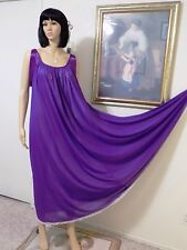 LUCIE ANN 1973 vintage Nylon VIOLET Satin Banded Sleeve Nightgown size M medium