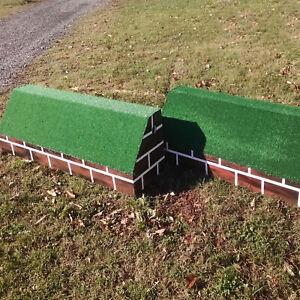 "Horse Jumps Wooden Brick Pattern Roll Top Wall Set/2 - 10'x24"" Tall"
