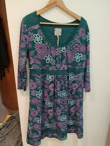 Mantaray dress, tunic ?  size 20,  tie back , stretch green and purple BNWT