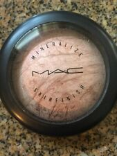 MAC Light Flush Mineralize Skinfinish swatched but Very Rare and Hard To Find!