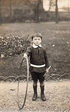 BJ094 Carte Photo vintage card RPPC Enfant garçon roue cerceau cercle baton