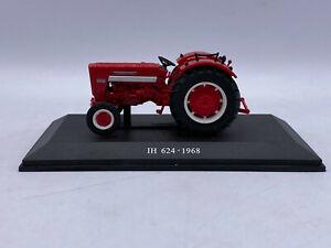 1968 IH International Harvester 624 Diecast Farm Tractor On Display Base 1/64