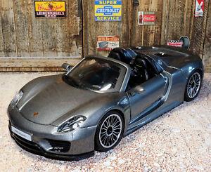 Porsche 918 Spyder 1:24 Scale Detailed Die-cast Model Toy Car Bburago Ages 3+