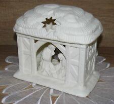 Partylite Teelichthäuschen Heilige Nacht Krippe Haus Bisquitporzellan weiß 18 cm