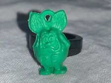 Original 1960s Ed Roth Green Rat Fink Ring Charm Gumball Prize