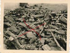 Nr. 29394 Foto Deutsche Wehrmacht Einmarsch Polen  Waffenlager 4,5 x 6 cm