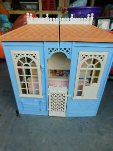 Vtg Barbie doll family house cottage 1998 country kitchen collectible folds toy