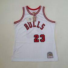 100% Authentic Michael Jordan Mitchell & Ness Rookie Bulls NBA Jersey Size 44 L