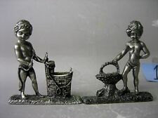Pair metal (pewter ?) figurines