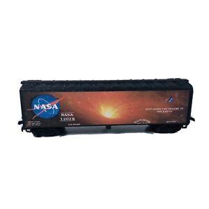 HO Custom Lettered Reefer Car - NASA Car B