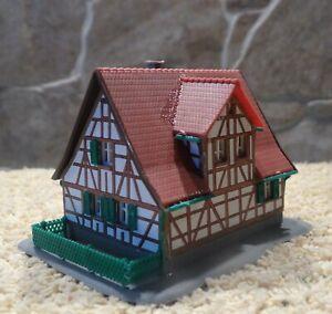 Kibri  aus 6822   (Spur Z)   Fachwerkhaus Nr. 1 - fertig gebaut