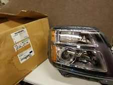 Genuine GM Original Equipment 2013-2015 GMC Terrain Headlight Assembly 22915383