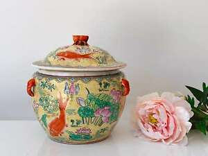 Antique Hand-Painted Chinese Porcelain Ginger Jar with Koi Fish and Crab Finial
