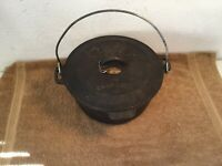 Vintage Cabelas #10 Cast Iron Camp Oven  w/ Lid  And Handle