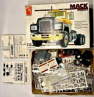 Vintage AMT ERTL MACK R685ST MODEL KIT 1/25 Scale Semi Truck -Uncounted Parts