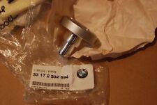 BMW R850 R1200 SWINGARM PIVOT PIN RH SIDE  33172332694