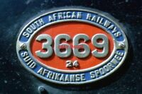 PHOTO  SOUTH AFRICAN RAILWAYS - NUMBER PLATE 3669 ON A CLASS 24 2-8-4 AT SYDENHA
