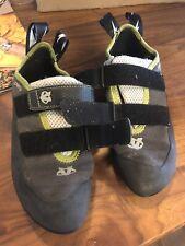 Evolv Defy Rock Climbing Shoes No Slip Trax Rubber Heel Loops Mens Size 7.5