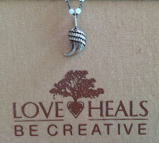 Love Heals Be Creative Claw Medium Charm NEW Retails $25.00