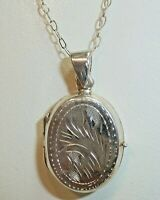 """GORGEOUS Vintage Engraved Sterling Silver Hinged Locket Necklace with 18"""" Chain"""
