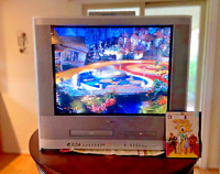 """Toshiba 24"""" TV/DVD/VCR Combo w/ Remote Model #MW24FP1- Tested"""