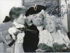 BARBARA WINDSOR Signed 7x5 Photo CARRY ON CAMPING & EASTENDERS COA