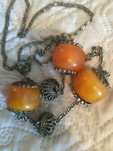 collier ancien  ethnique grosses perles ambre ?
